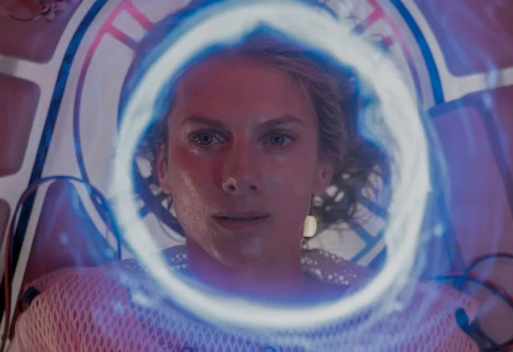 Mélanie Laurent Has Amnesia in Space in the First Trailer for Alexandre Aja's 'Oxygen'