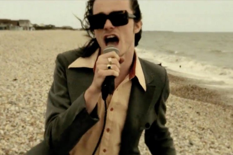 "Palma Violets ""Girl, You Couldn't Do Much Better on the Beach"" (video)"