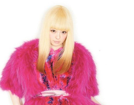 "Kyary Pamyu Pamyu Gets Set to Unleash ""KPP Nanda Collection World Tour"" on North America, Plays Toronto"
