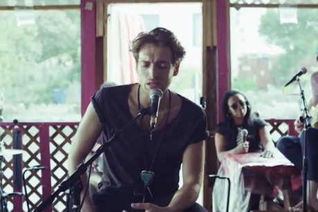 "Paolo Nutini ""One Day"" (performance video)"