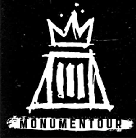 "Fall Out Boy and Paramore Co-Headline ""Monumentour,"" Play Toronto"