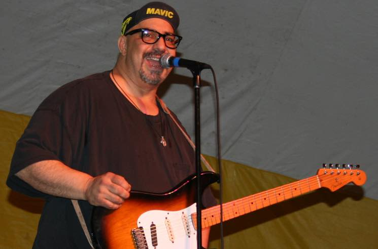 ​The Smithereens' Lead Singer Pat DiNizio Dead at 62