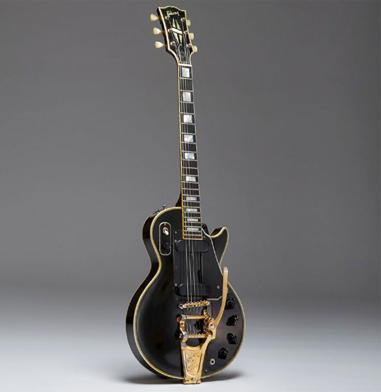 "Les Paul's ""Black Beauty"" Guitar Sells for $419,900 at Auction"