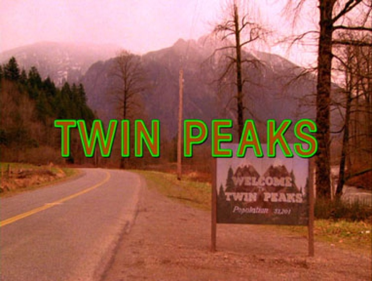 David Lynch Returns to 'Twin Peaks' Series