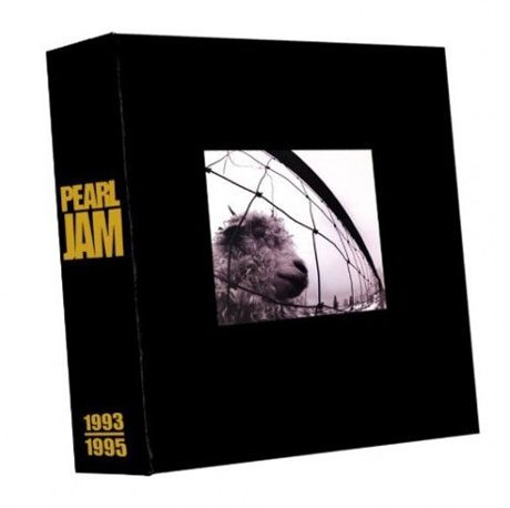 Details of Pearl Jam's <i>Vs.</i> and <i>Vitalogy</i> Reissues Leak Online
