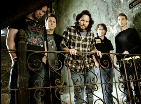 "Pearl Jam Talk New Album: ""We're at Least at the Halfway Point"""