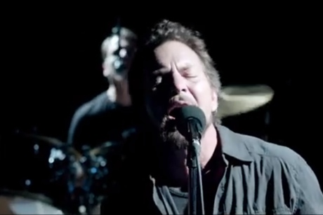 "Pearl Jam ""Sirens"" (video)"