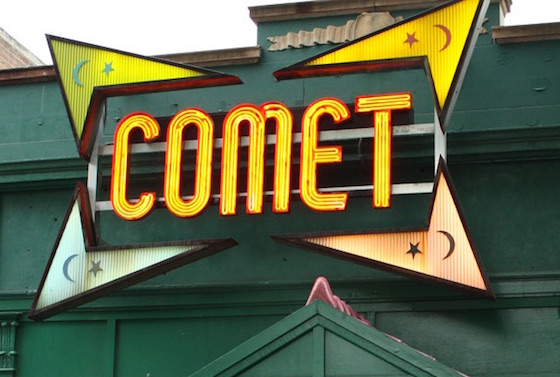 "Conspiracy Theorist Opens Fire on Pizza Shop/Music Venue over ""Pizzagate"""