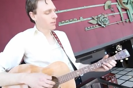 Joel Plaskett Performs 'I'm Yours'