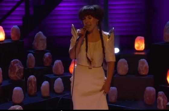 Purity Ring 'Bodyache' (live on 'Conan')