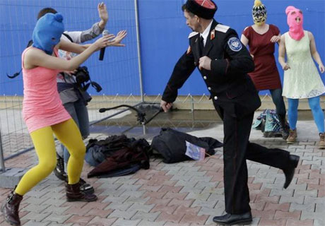 Pussy Riot Members Attacked and Whipped by Security Officials in Sochi