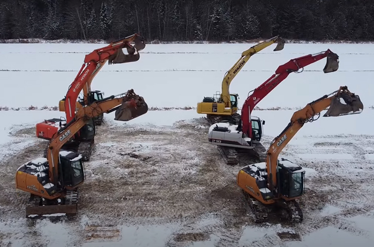 Watch Quebec Excavators Move Gracefully to Metallica's 'Nothing Else Matters'