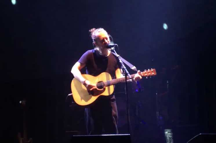 """Watch Radiohead Play a Live Acoustic Version of """"True Love Waits"""""""