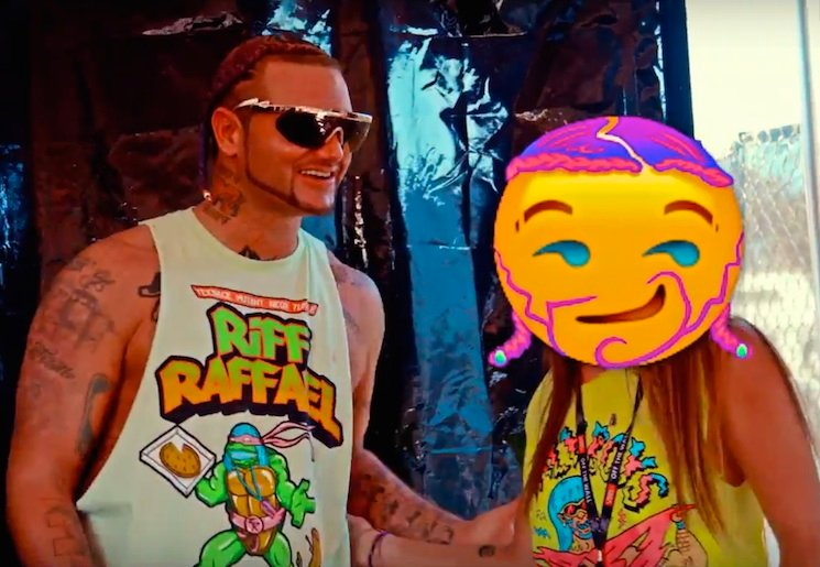 Riff Raff 'Spazz Out' (ft. Travis Barker) (video)