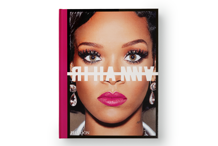 Rihanna Announces Visual Autobiography