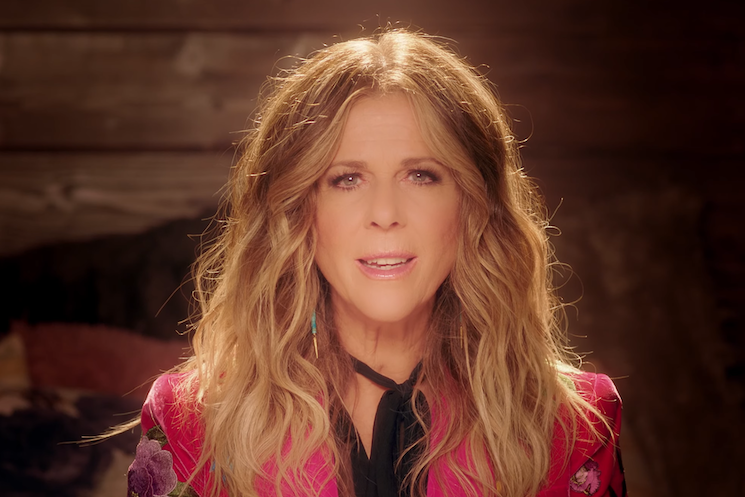Tom Hanks' Wife Rita Wilson Wants to Kiss Bob Dylan