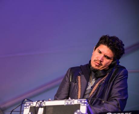 Rob Garza (DJ Set) Rifftop Tent, Victoria BC, September 14