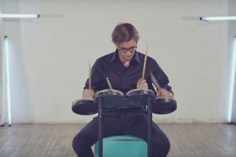 "Royal Canoe ""Bathtubs"" (video)"