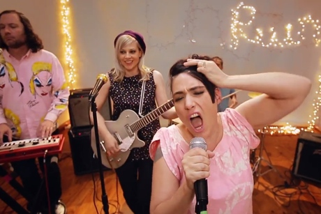 The Julie Ruin 'Oh Come On' (video)