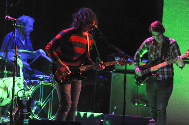 Ryan Adams Calls Out Fan for Triggering Ménière's Episode Onstage with Her Camera Flash