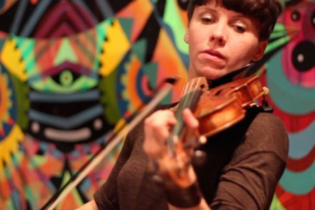 Sarah Neufeld 'Untitled' on Exclaim! TV