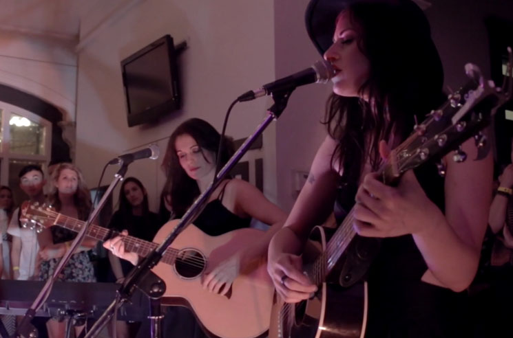 Scarlett Jane 'Come Around' (live video)