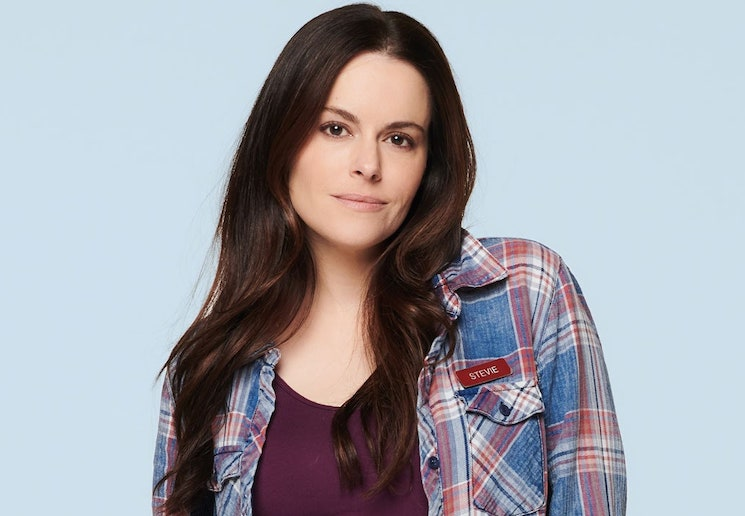 'Schitt's Creek' Star Emily Hampshire Has Signed on for Amazon's Scottish Thriller 'The Rig'
