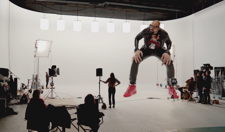 Sean Paul's New Music Video Is (Literally) Gigantic