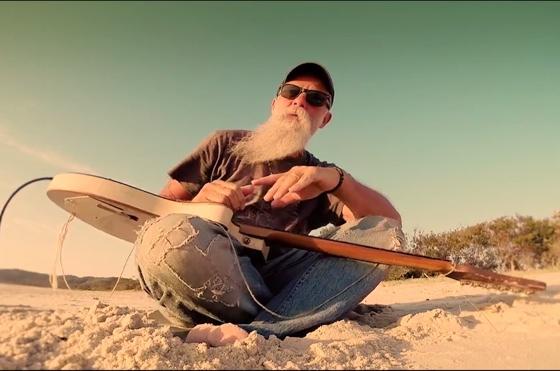 Seasick Steve 'Summertime Boy' (video)