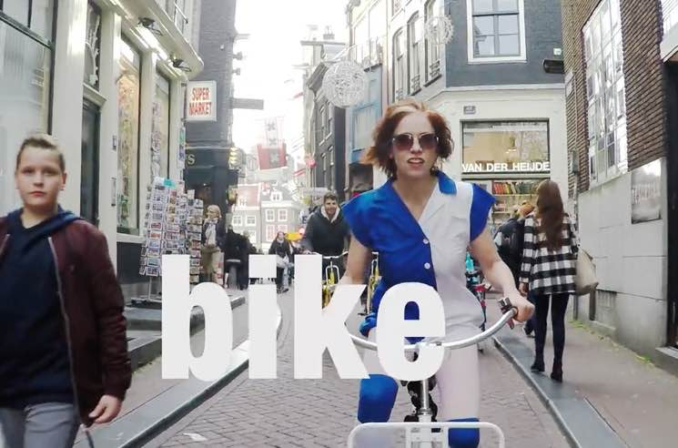 Selina Martin 'Bike' (video)