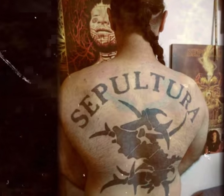 "Sepultura ""Under My Skin"" (lyric video)"
