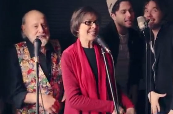 Sharon & Bram 'Peanut Butter (and Jelly)' (ft. Kevin Drew and Max Kerman) (video)