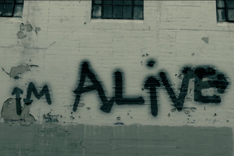 "Sia ""Alive"" (lyric video)"