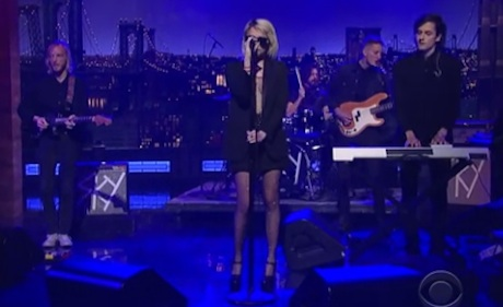 "Sky Ferreira ""You're Not the One"" (live on 'Letterman')"