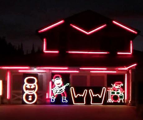 Slayer 'Slayer Christmas Lights 2013' (video)