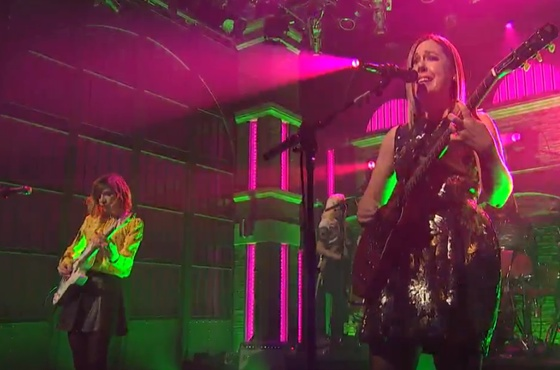 "Sleater-Kinney ""Price Tag"" (live on 'Meyers')"