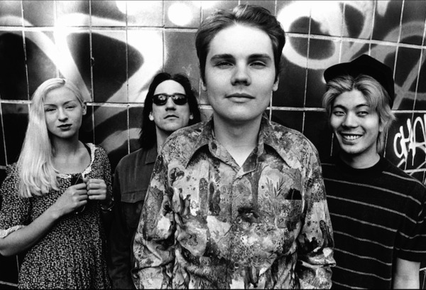 "Billy Corgan Wants to ""Find Peace"" with James Iha and D'arcy Wretzky"
