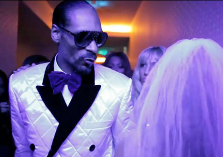 "Snoop Dogg ""Wet"" (video)"