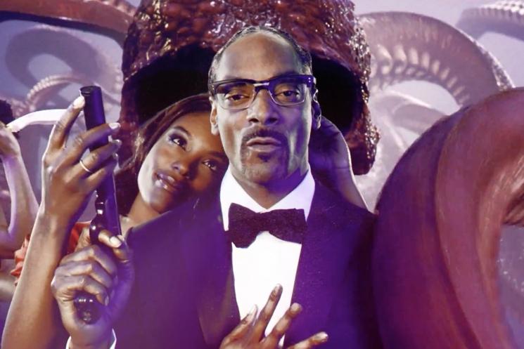 Snoop Dogg 'So Many Pros' (ft. Pharrell Williams) (video)