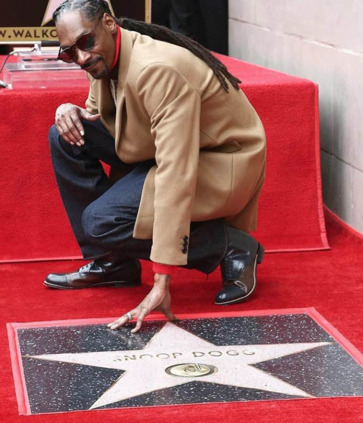 ​Snoop Dogg Thanks Himself in Hollywood Walk of Fame Speech