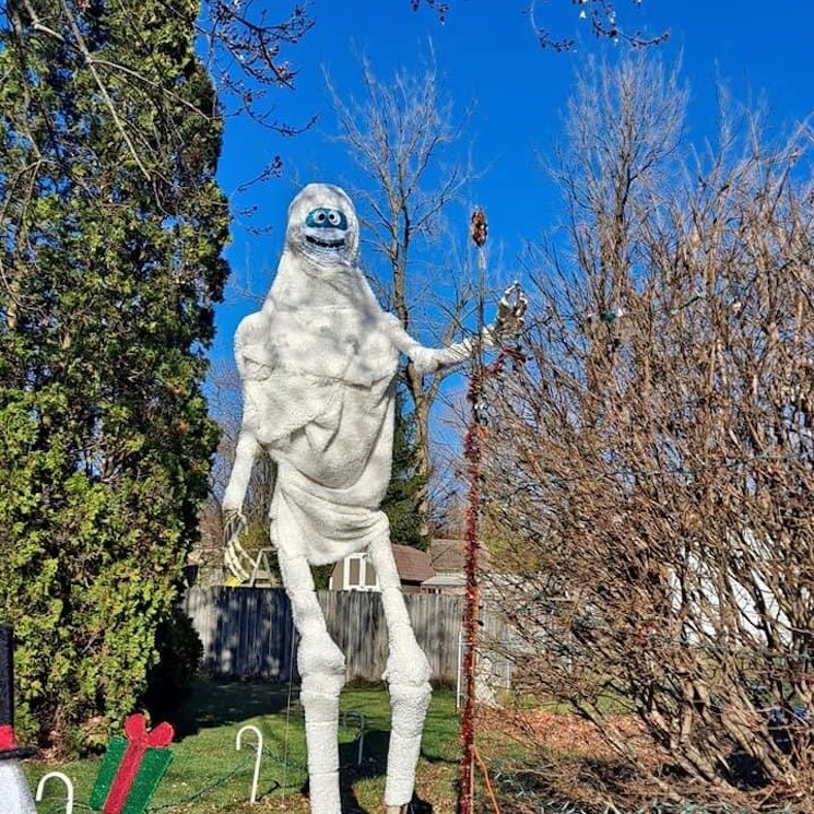 People Are Turning Their 12-Foot Home Depot Skeletons into Christmas Cartoon Classics