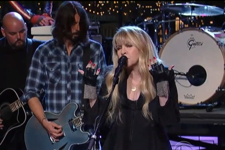 "Sound City Players ""You Can't Fix This"" (ft. Dave Grohl, Stevie Nicks, Taylor Hawkins) (live on 'Letterman')"