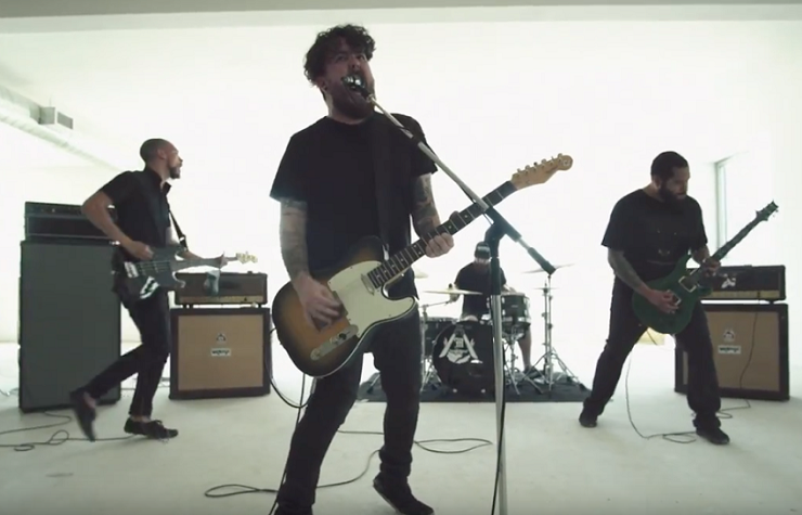 "Sparrows ""Cave Eater"" (video)"