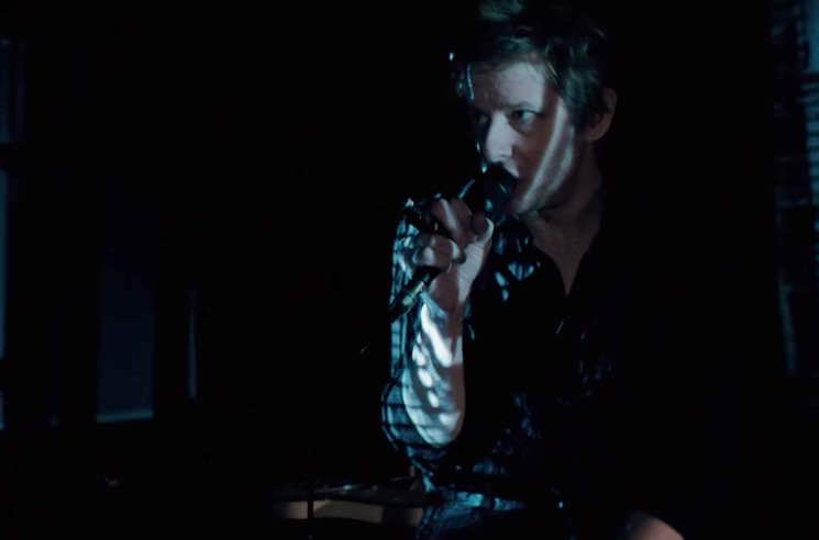 "Spoon ""I Ain't the One"" (video)"
