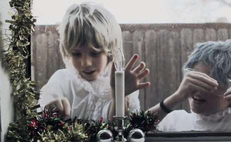 """The Polyphonic Spree """"Silver Bells"""" (feat. School of Seven Bells)"""