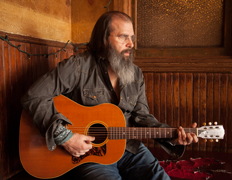 Steve Earle Maps Out More Canadian Dates on North American Summer Tour
