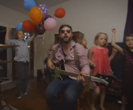 "The Strumbellas ""End of an Era"" (video)"