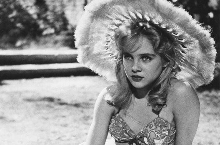 Stanley Kubrick's 'Lolita' Star Sue Lyon Dies at 73