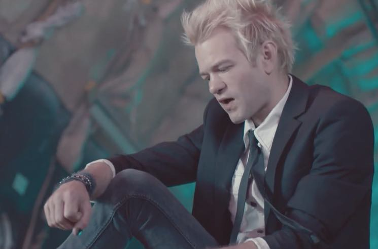 "Sum 41 ""War"" (video)"