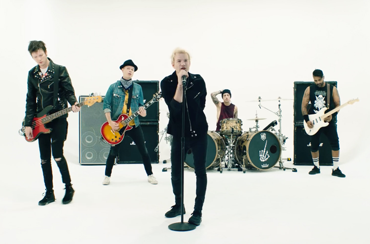 "Sum 41 Share New Song ""A Death in the Family"""